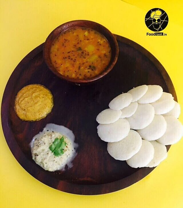 Saturday Afternoon Calls for some delicious South Indian Food 😍 . . Order Now 😋😁 . To place Order #Call .  0731-4030247 .  #Delivery available 24/7!! . .  #paneertikka #salad #cookies indorifood #indorizayka #NomNomNom #YummyinTummy #FoodLust #FoodLove #Foodgasm #FoodPorn #AllThingsFood #Indore #Foodies #Janta #India #FoodandAllThat  #Instagram #InstaFood #SoGood  Yummery - best recipes. Follow Us! #foodporn