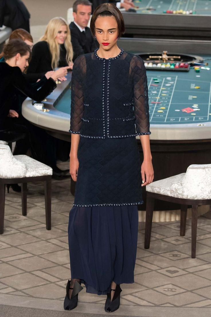 Chanel Fall 2015 Couture Fashion Show - Binx Walton (Next)