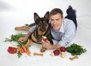 Diez frutas que el perro sí come | EROSKI CONSUMER