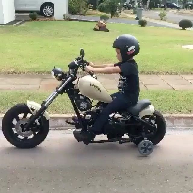 Dope! #chopper #motorcycle #custombike #customchopper