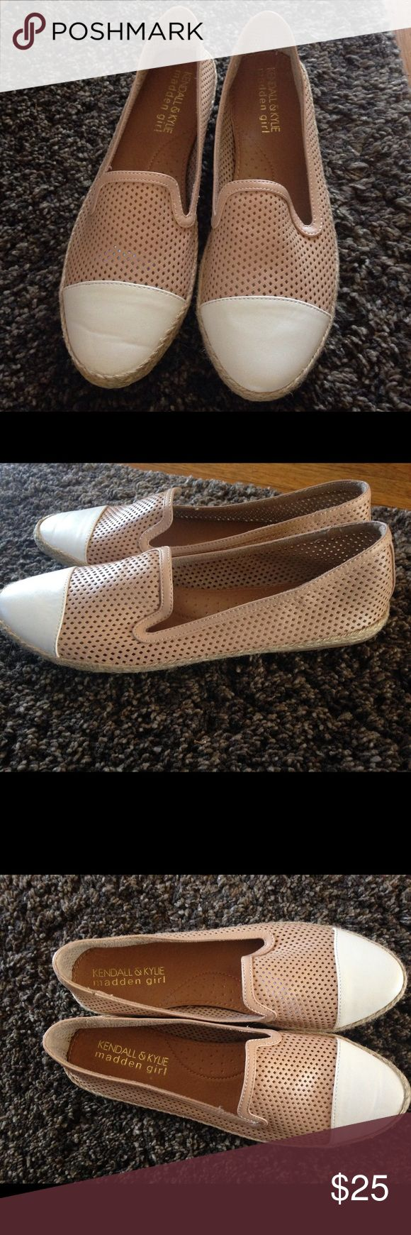 Kendall and Kylie shoes. Size 9. Cute flats. New without box. Minor issue with crease on the front right leather but barely noticeable when worn. Kendall & Kylie Shoes Flats & Loafers