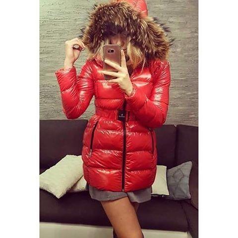 . . . #ツルツル #テカテカ #ナイロン #光沢 #シャイニー #フェチ #ダウン #ダウンジャケット #コーデ #秋コーデ #冬コーデ #ママコーデ #コーデ部 #ファッション #おしゃれ #セクシー #気持ちいい #wetlook #puffer #nylon #fetish #down #downjacket #pufferjacket #fashion #sexy #outfit #furhood