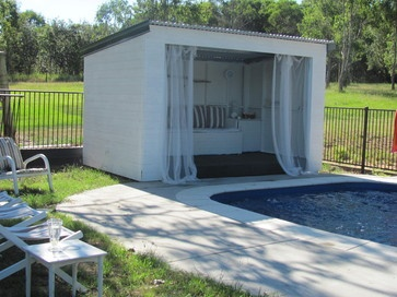 Dont Love This But Idea Of How Even Small Pool House Makes A Difference