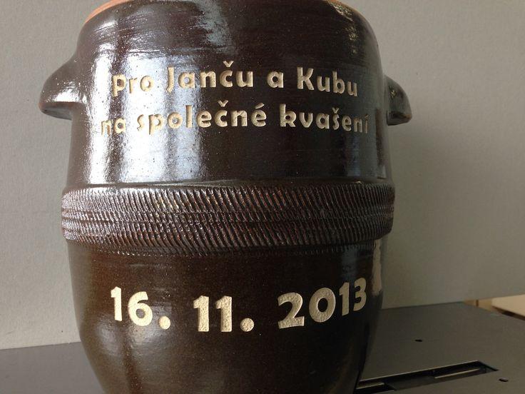 Pískování keramického hrnce flocker.cz Brno