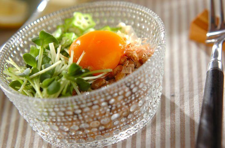召し上がる時にしっかり混ぜて下さいね!オクラと納豆の混ぜまぜサラダ/杉本 亜希子のレシピ。[和食/サラダ・おひたし]2014.08.11公開のレシピです。