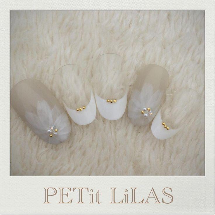 シースルーなお花ネイル♡ 表参道 原宿のPrivatenail PETit LiLAS プティリラ ご予約はmail…