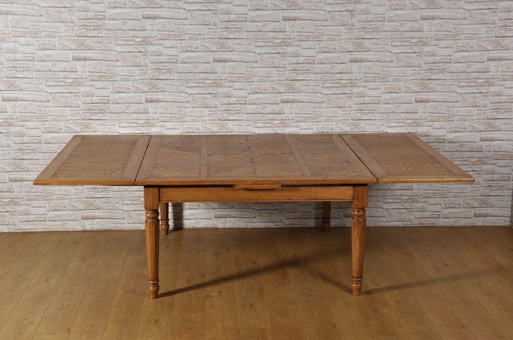 Grande tavolo quadrato allungabile con gambe tornite ...