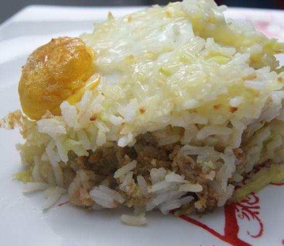 Nem todos os empadões são feitos com puré de batata. Este leva arroz e tem um recheio delicioso