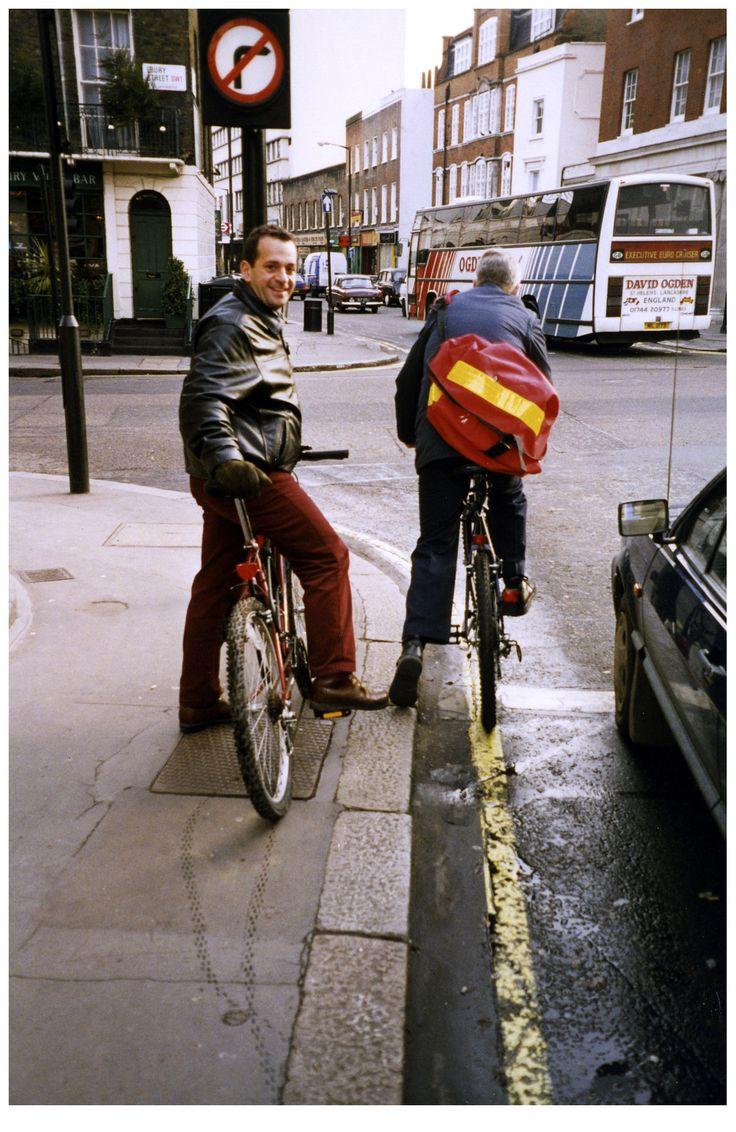Κάνοντας ποδήλατο στο Λονδίνο