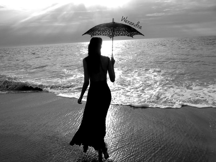 http://img15.deviantart.net/9902/i/2013/219/9/1/black_and_white_beach_gothic_by_queenwerandra-d6h5exe.jpg