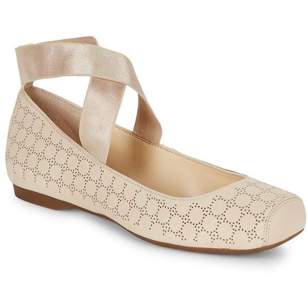 Jessica Simpson Women's Mandalay Leather Ballet Flats ($69) ❤ liked on Polyvore featuring shoes, flats, natural, ballet pumps, jessica simpson flats, strappy flats, leather slip-on shoes and ballerina flat shoes