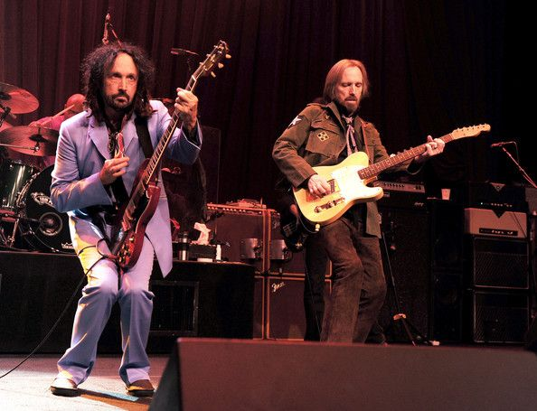 Tom Petty and Mike Campbell Photos - Tom Petty & The Heartbreakers ...