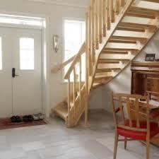 Bildresultat för inomhustrappa i gammalt hus