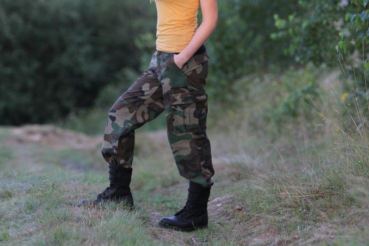 Dámske BDU nohavice v prevedení Us woodland. http://www.armyoriginal.sk/1964/40226/damske-maskace-us-bdu-woodland-sprane-miltec.html