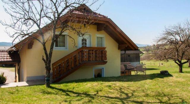 Ferienwohnung Dellacher - #Apartments - $69 - #Hotels #Austria #FeldkircheninKärnten http://www.justigo.org/hotels/austria/feldkirchen-in-karnten/ferienwohnung-dellacher_45519.html