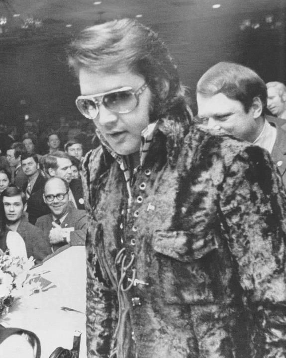 Elvis at the Jaycee's 'Top Young Men award' this was the last year Elvis was eligible for the award, he would have been too old the following year