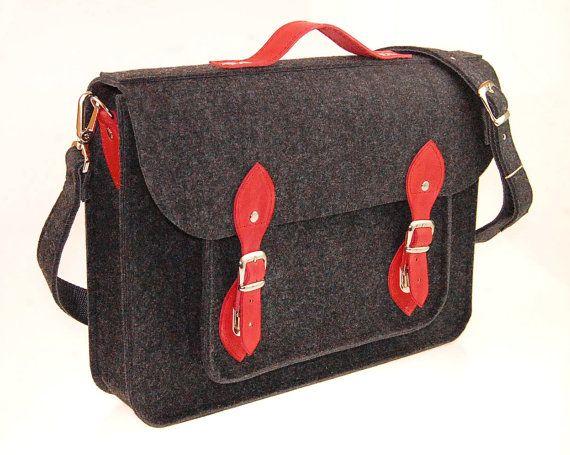Macbook Pro 17 inch Felt Laptop 17 inch bag with por etoidesign