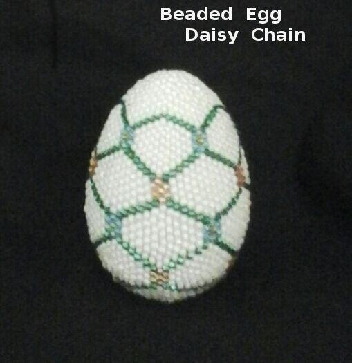 Beaded  Egg  --  Daisy  Chain  Pattern
