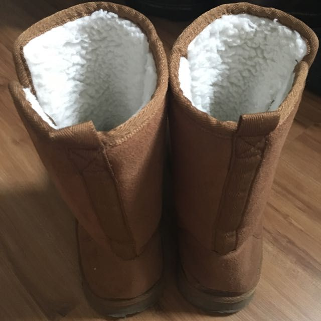 Mark & Spencer Ugg Boots, Women's Fashion on Carousell