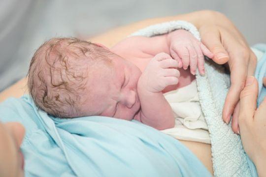 Mamiweb.de - Geburtshaus: Geburt in entspannter Atmosphäre !  #geburtshaus #geburt #geboren #entbindung #hebamme #baby