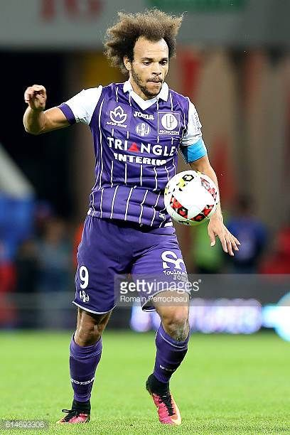 Martin Braithwaite of Toulouse in action during the French Ligue 1 match between Toulouse and Monaco at Stadium on October 14 2016 in Toulouse France