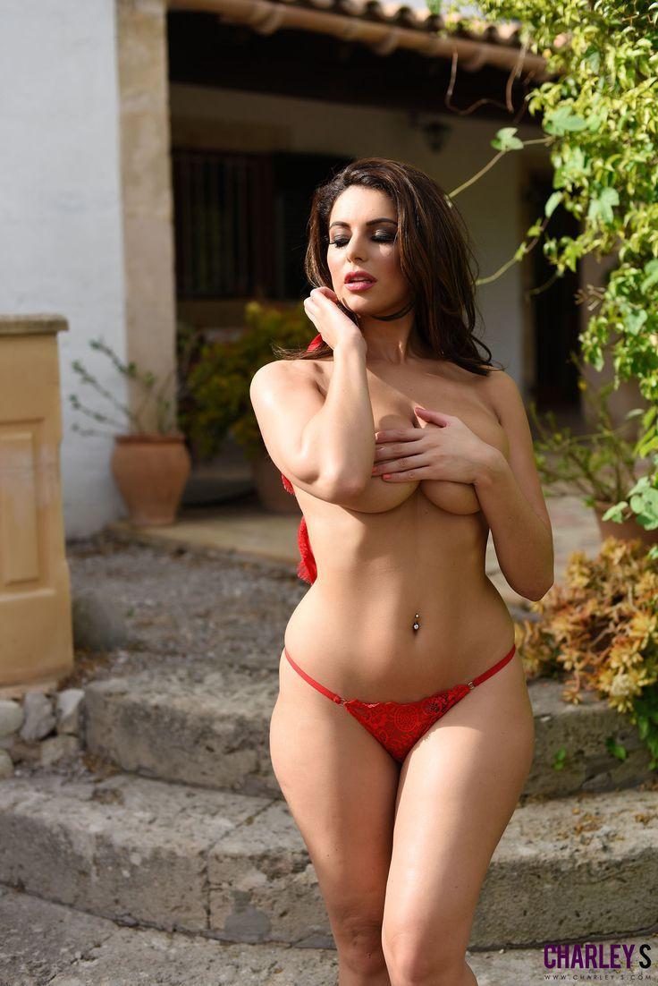 The Nude Photos Of Desy Sexy Mother