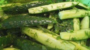Фото к рецепту: Малосольные огурцы Быстрого поедания. Вкуснятина, Ну, Невозможно устоять!