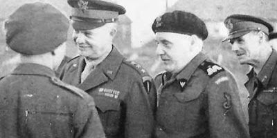 General Eisenhower with General Maczek.