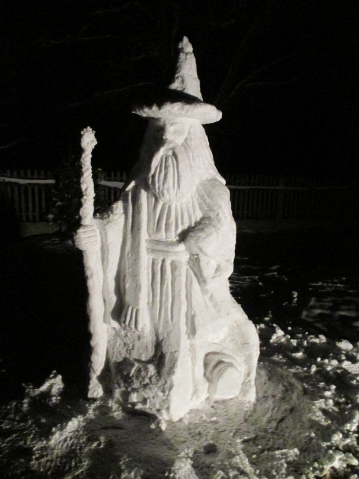 Gandalf molded from snow - the fellowship of the ring / Gandalf ze śniegu, Drużyna pierścienia.
