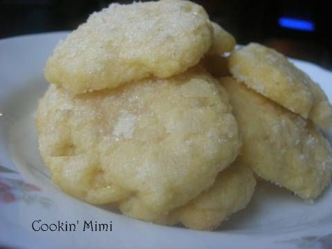 Butter Cookies: no eggs, and very few ingredients.  Interesting...