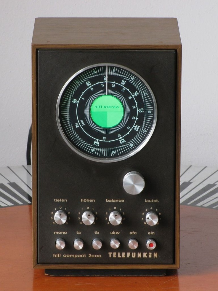 Telefunken Hifi Compact 2000 vintage radio
