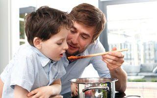 Disfruta de más tiempo con tu familia o practicando tus aficiones. Cocinar con AMC te permitirá ahorrar tiempo, energía y esfuerzo. Con nuestros productos, totalmente combinables entre sí, tus platos quedarán siempre perfectos.