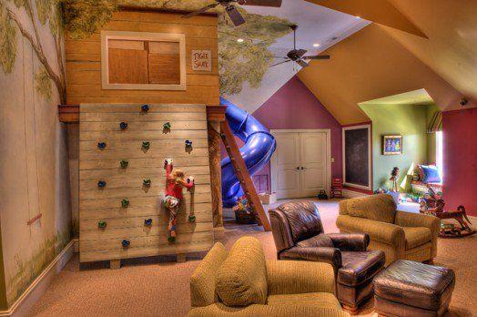Indoor-Baumhäuser - coole Ideen für Kinder- großes Haus im Wohnzimmer
