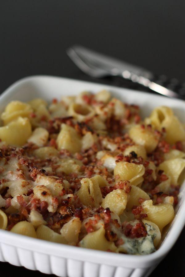 Gratin de pâtes au gorgonzola, poires, noix et jambon cru
