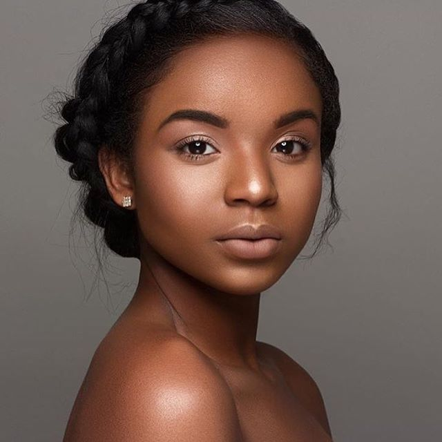 Love this natural beauty look on @imani.joi shot by @domoshotme ❤️ Melanin popping #voiceofhair