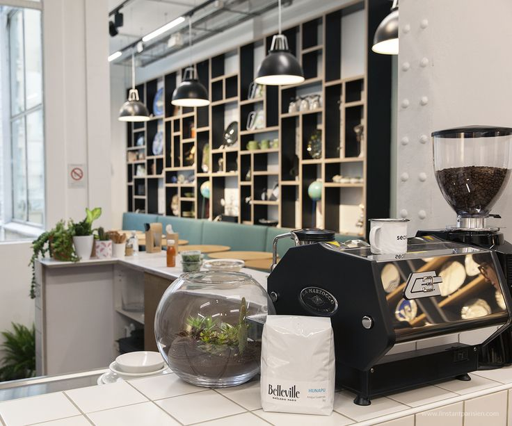 "#Empreintes #ConceptStore includes a #CoffeeShop via @instantparisien 5 rue de Picardie, 75003, du lundi au samedi de 11h à 19h. There are 38,000 workshops in France, who said artisans are dead? ""Syndicat Ateliers d'Art de France"" is about to open on Sept 10 a concept Store dedicated to ""made in France""."