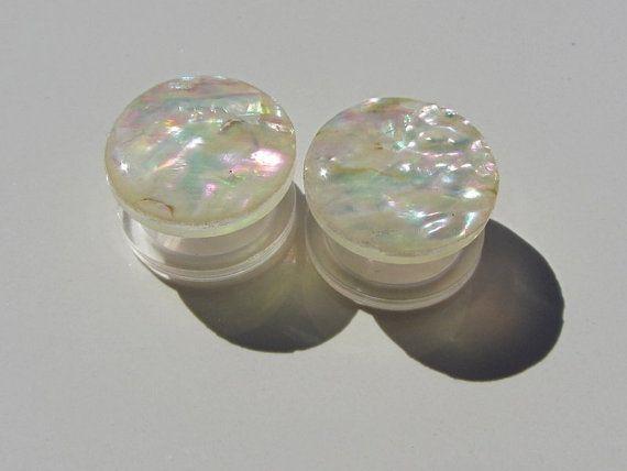 Natural Shell Plugs Handmade Iridescent Wedding Gauges Threaded Acrylic Tunnel Ear Plugs for Girls