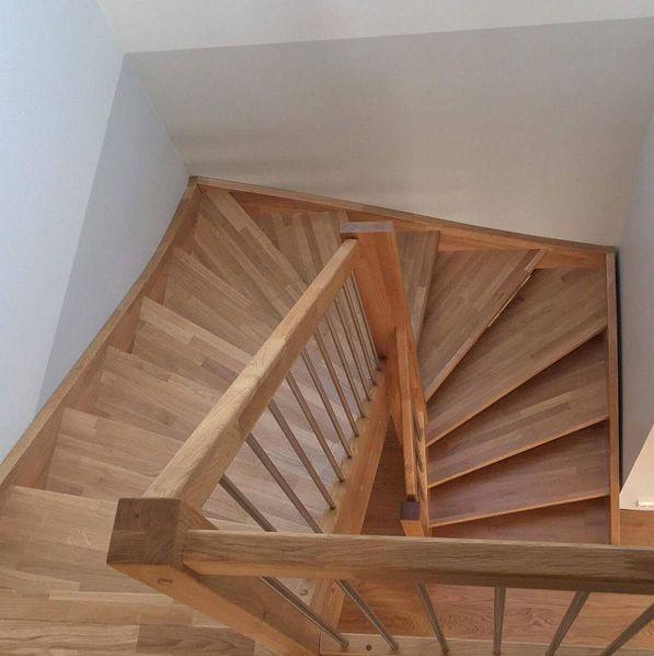 snekkeriet#trapp #stairs #oak #eik #wood #elskertre ♡