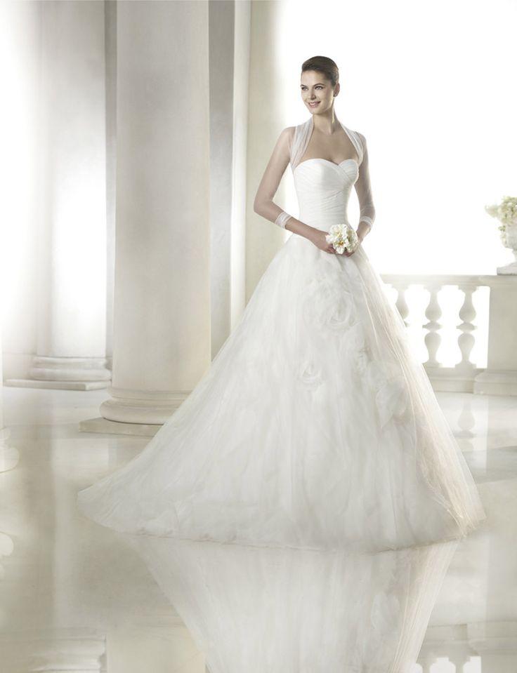 FASHION S PATRICK-14 abiti ed accessori, per #matrimoni di grande classe: #eleganza e qualità #sartoriale  www.mariages.it