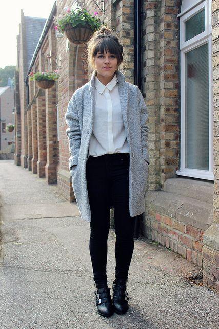 Shop this look on Lookastic:  http://lookastic.com/women/looks/white-dress-shirt-grey-coat-black-skinny-jeans-black-boots/6065  — White Dress Shirt  — Grey Coat  — Black Skinny Jeans  — Black Leather Boots
