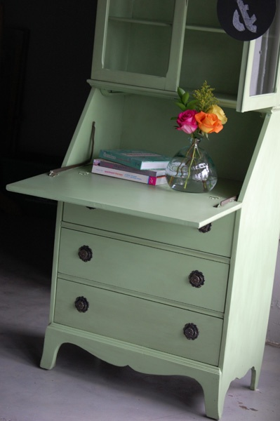 Love the green color