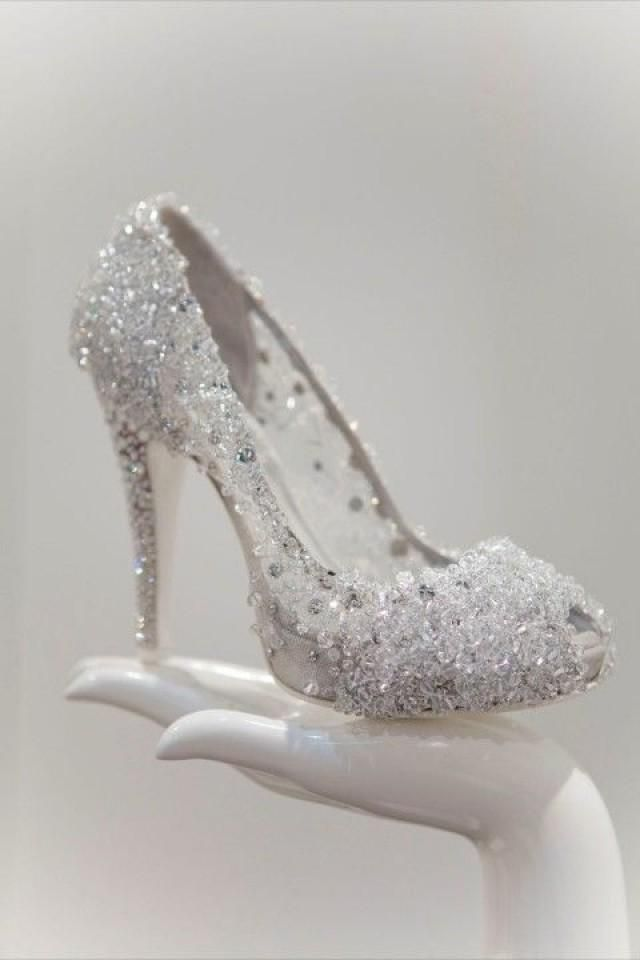 Weddbook is a content discovery engine mostly specialized on wedding concept. You can collect images, videos or articles you discovered organize them, add your own ideas to your collections and share with other people | Cinderella's shoe