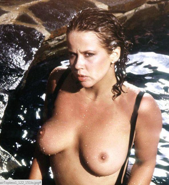 Nude mature women lesbian spread ass