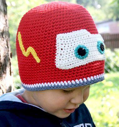 Crochet Lightning McQueen hat for kids (free pattern) // Horgolt Villám McQueen sapka gyerekeknek (ingyenes horgolásminta) // Mindy - craft tutorial collection // #crafts #DIY #craftTutorial #tutorial #DIYClothesForKids