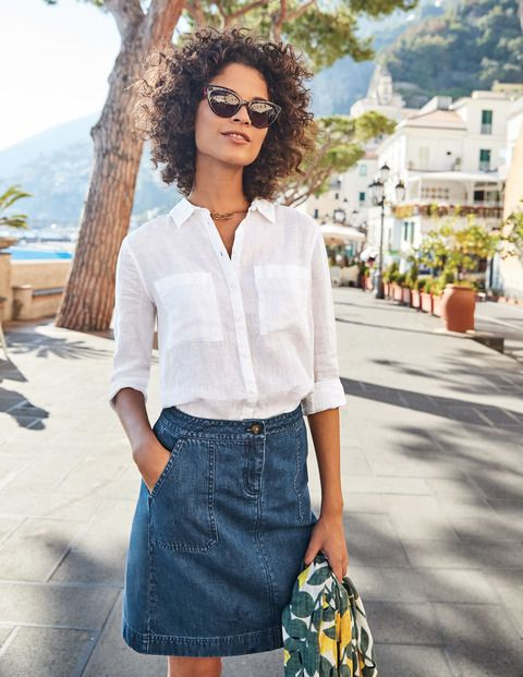 Meet The Linen Shirt: your relaxed wardrobe staple in a lightweight linen for a breezy fit. Washed for extra softness, it featuresdouble patch pockets, a dipped back hem AND for the first time... a printed option. Choose between a regular or longer length and then tuck into chinos for a book-smart look, or team with your jeans for laid-back chic.