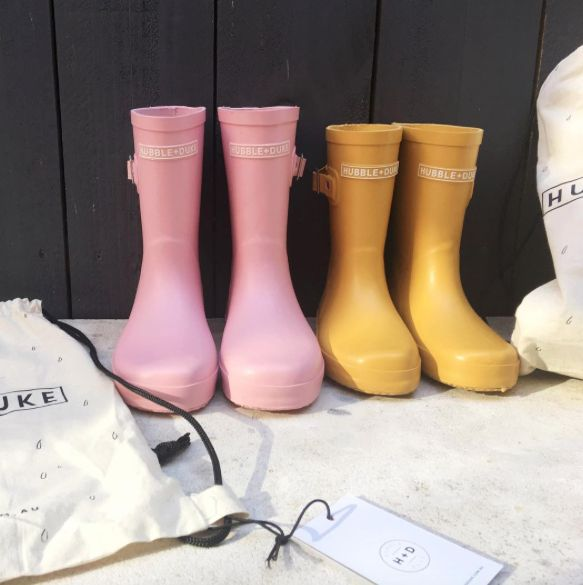 Natural rubber gumboots with a cotton lining. Featuring the HUBBLE + DUKE logo on the front with H+D logo on the heel. Each pair will come packaged in a cotton