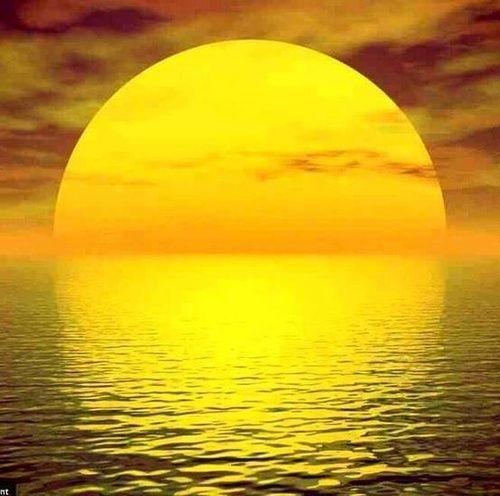 Angelic Sol reflecting Angelic Aqua