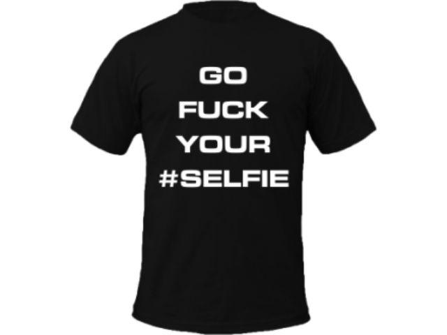 #Tricou (fuck) #Selfie - http://goo.gl/LkWM5X