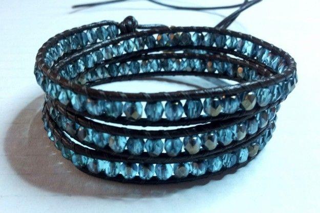 Realizzare bracciali Chan Luu fai da te seguendo alcune semplici istruzioni, dalla scelta del materiale all'assemblaggio di cordoncino, perle e fili.
