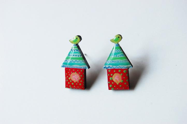 Cercei cu surub Pink Bird House (20 LEI la Mimeme.breslo.ro)